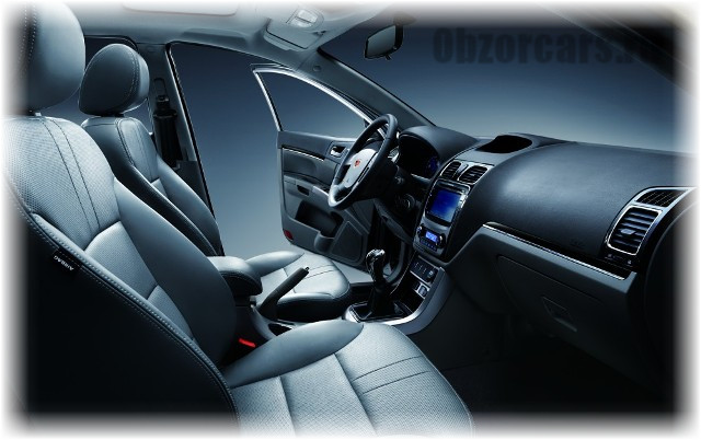 Geely_Emgrand_EC7_2013_3