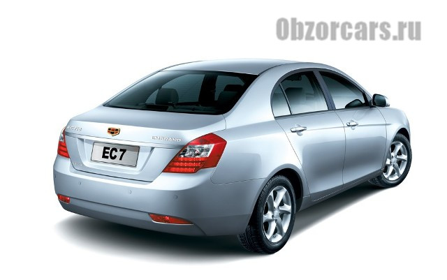 Geely_Emgrand_EC7_2013_9