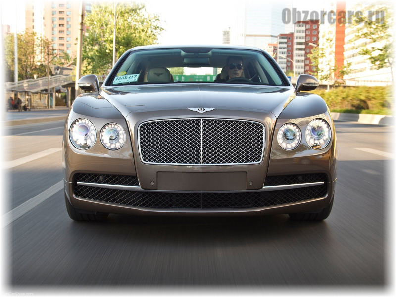 Bentley_Flying_Spur_8